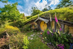 You Can Visit 'Hobbiton' In New Zealand