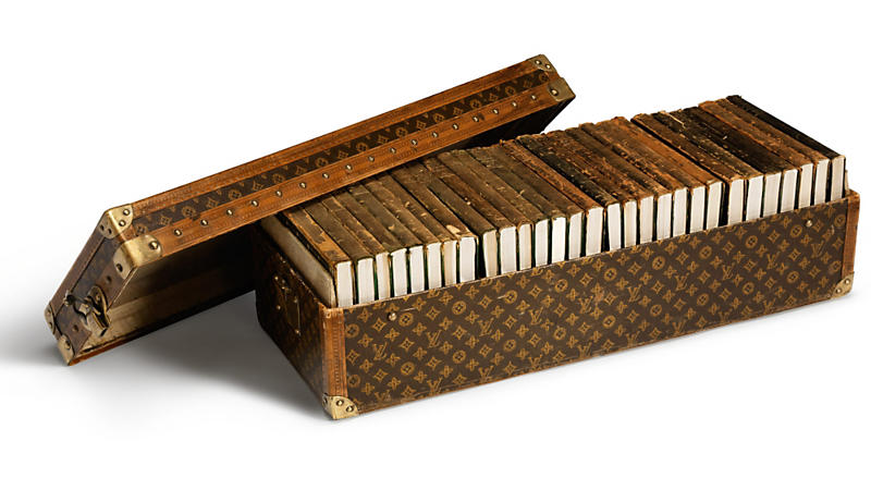 louis-vuitton-Library_trunk_1